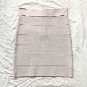 NWT Bebe Bandage Skirt with Zipper